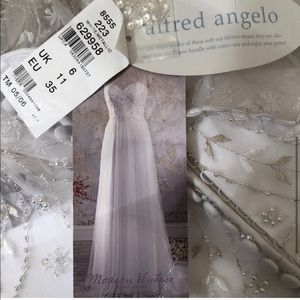 Wedding Dress Alfred Angelo Size 6